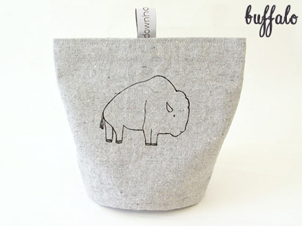 down home amy buffalo snack pouch