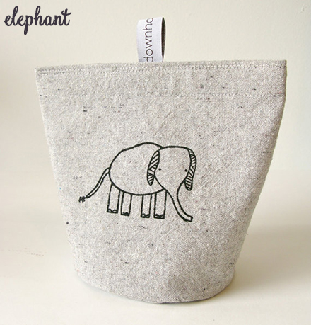 down home amy elephant snack pouch